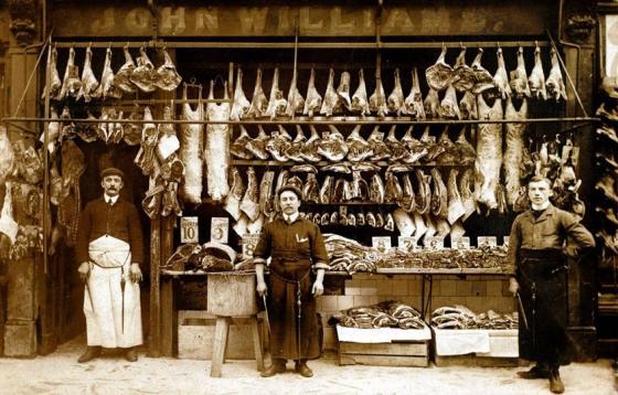 Как должна выглядеть настоящая мясная лавка)))))