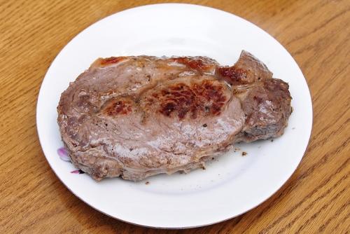 Правильный стейк Рибай из Тюмени.